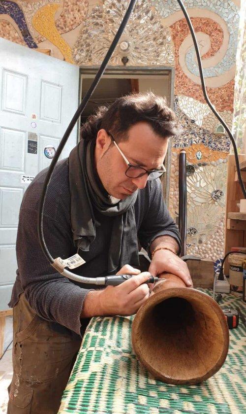 סדנת בנייה עצמית דיג'רידו אייל עמית סטודיו נשימה מעגלית פרדס חנה